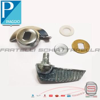 Leva Apertura Sportello Cofano Motore Vespa 50 Special 90 125 Et3 Primavera Eq 131093 5205 131094 1131093 1310905 5095